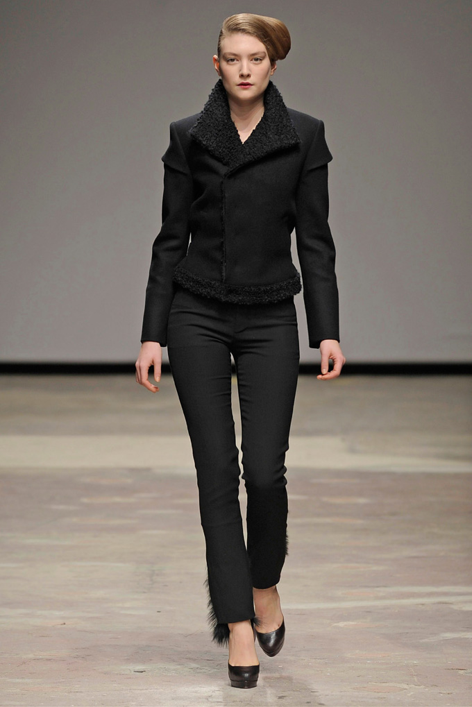 AW 0809 Look5