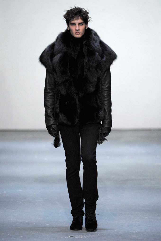 AW 0910 Look 9