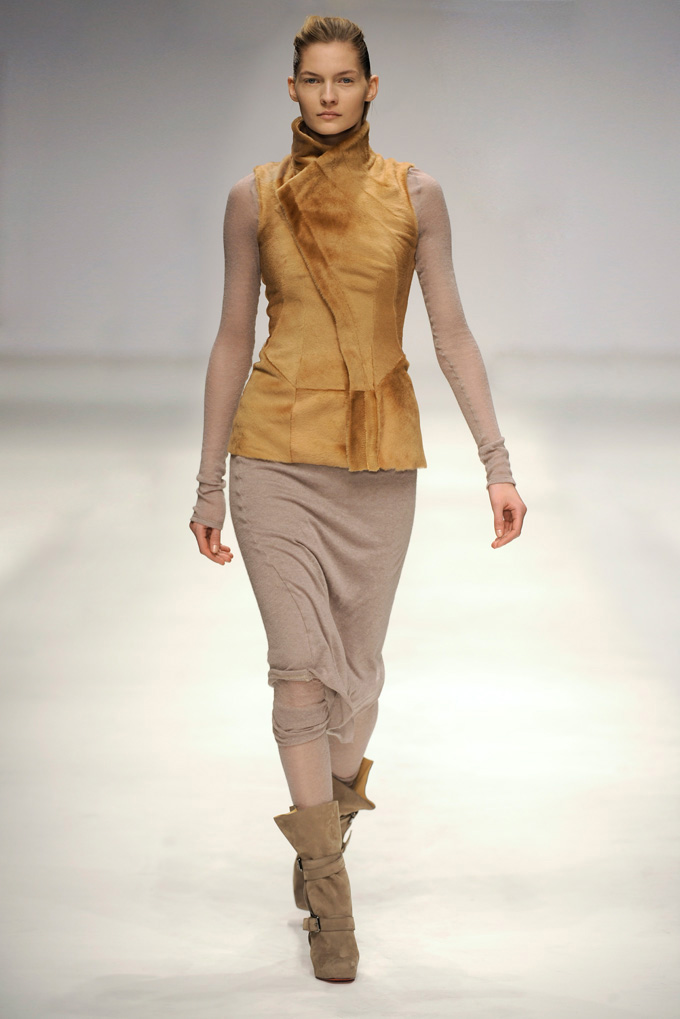 AW 1011 Look4