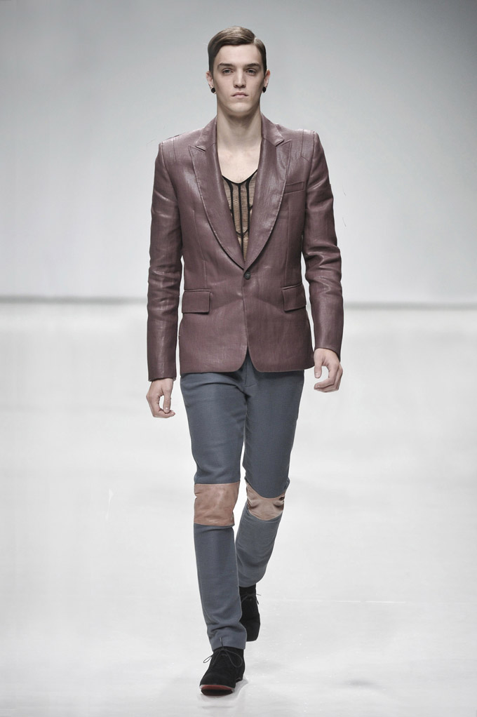 AW 0809 Look11