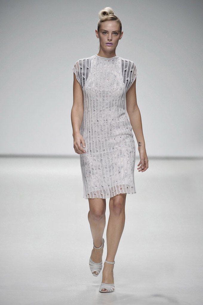 AW 0809 Look17