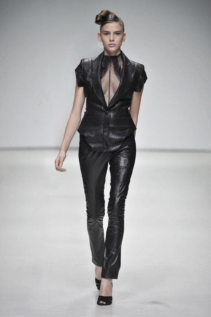 AW 0809 Look6