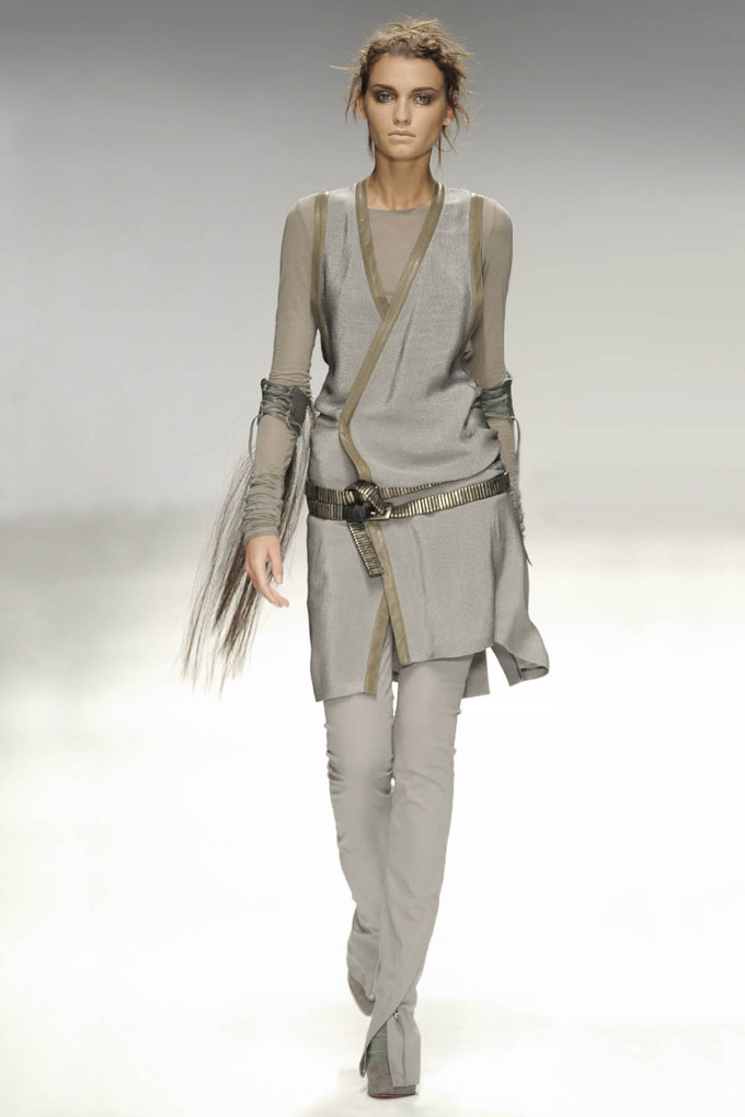 SS10 Look13