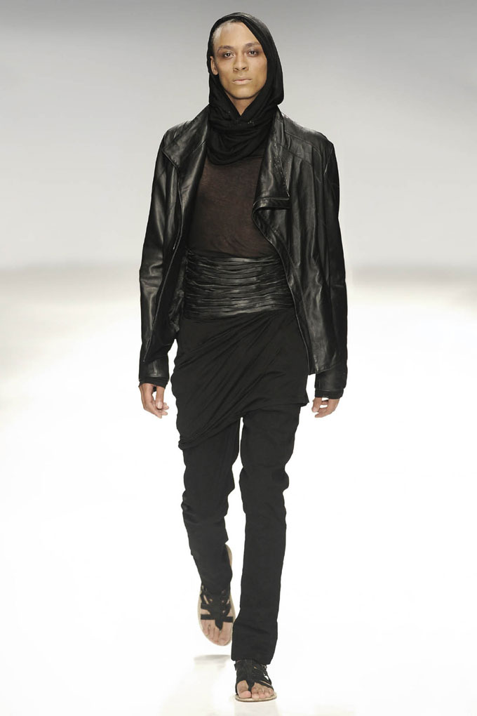 SS10 Look16