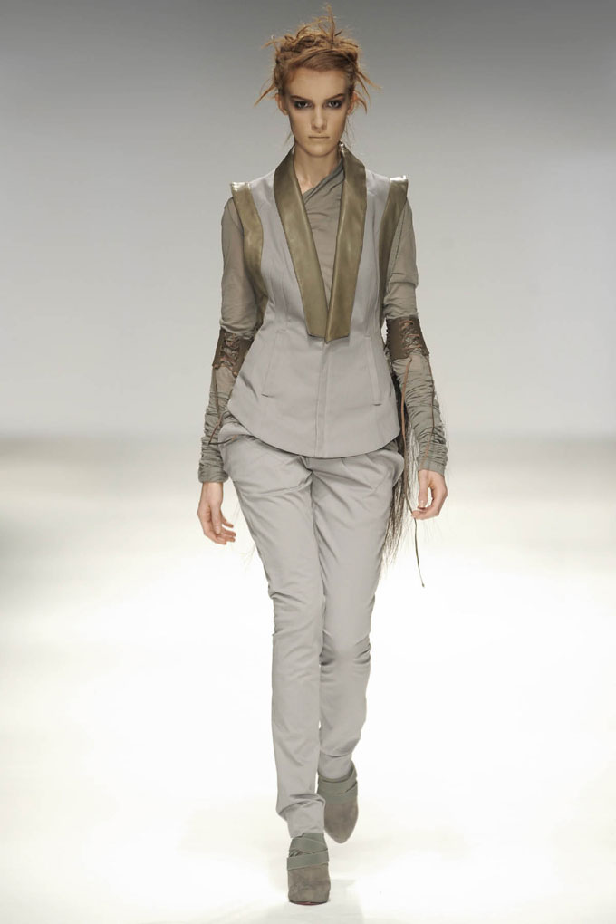 SS10 Look18