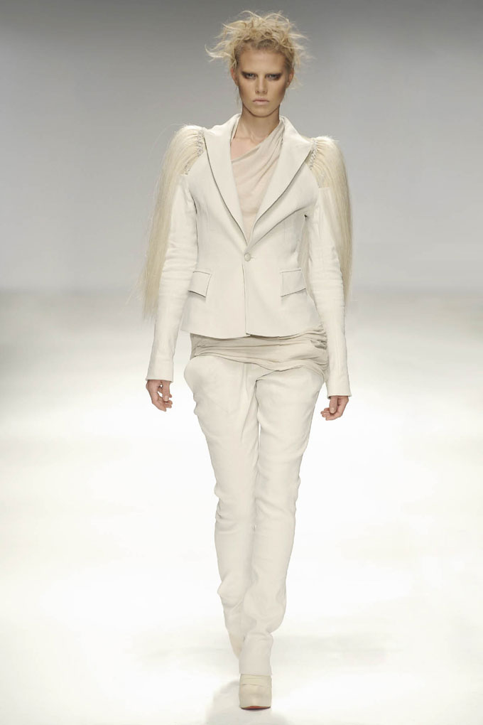 AW 0809 Look20