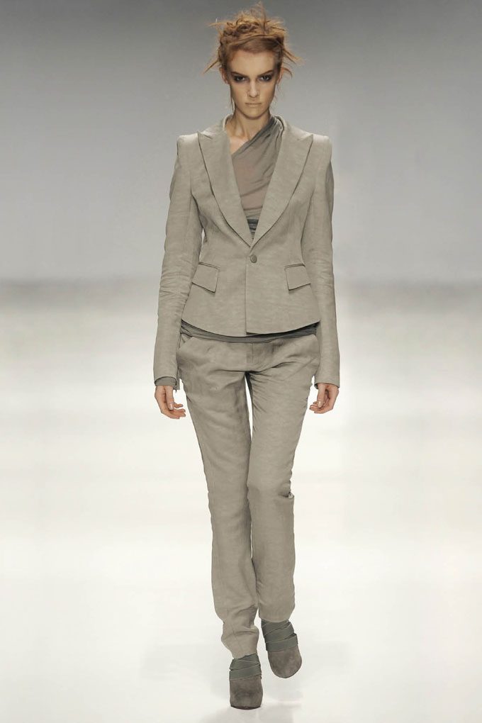 SS10 Look3